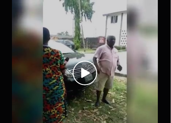 Video: Man laments how a coronavirus patient is not being cared for in Nigeria isolation center.