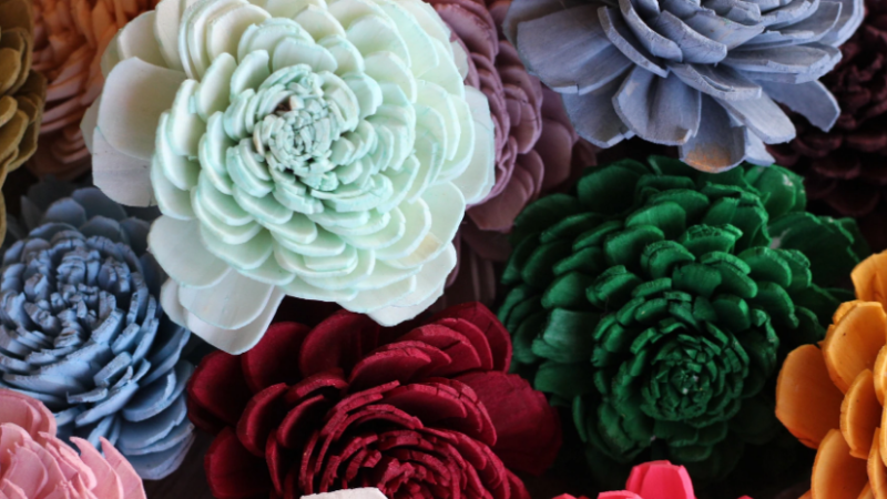 What are sola wedding flowers?